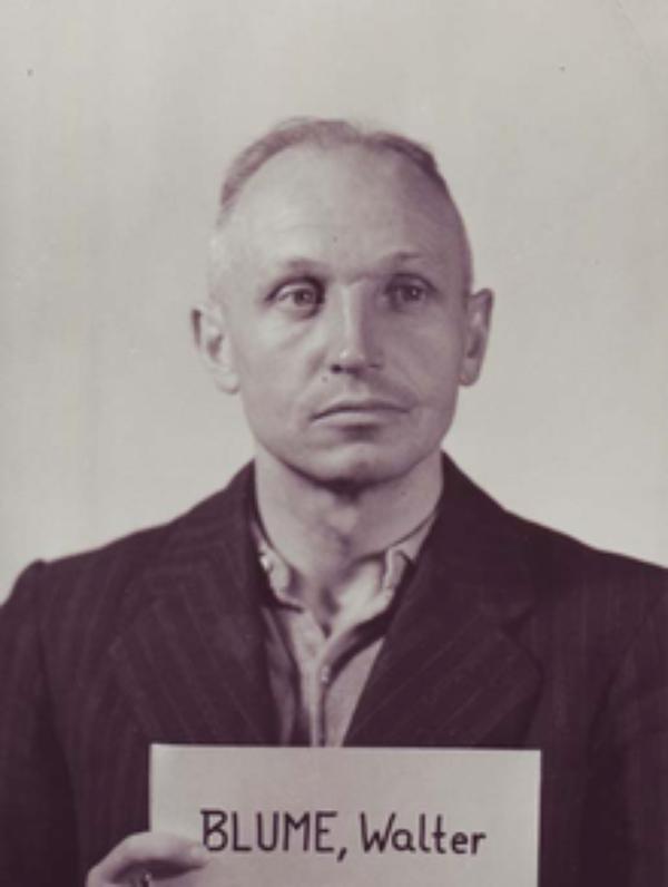 Criminel Nazi  (5182)
