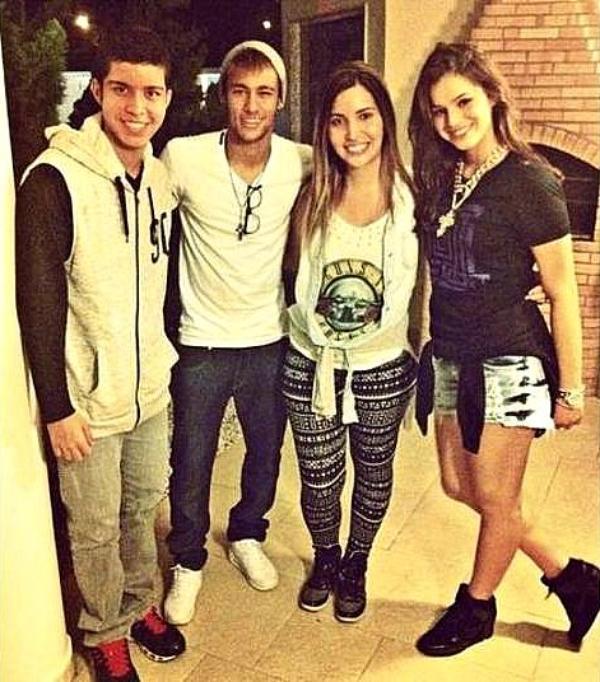 Bruna Marquezine Et Neymar Blog De Brunamarquezineworld