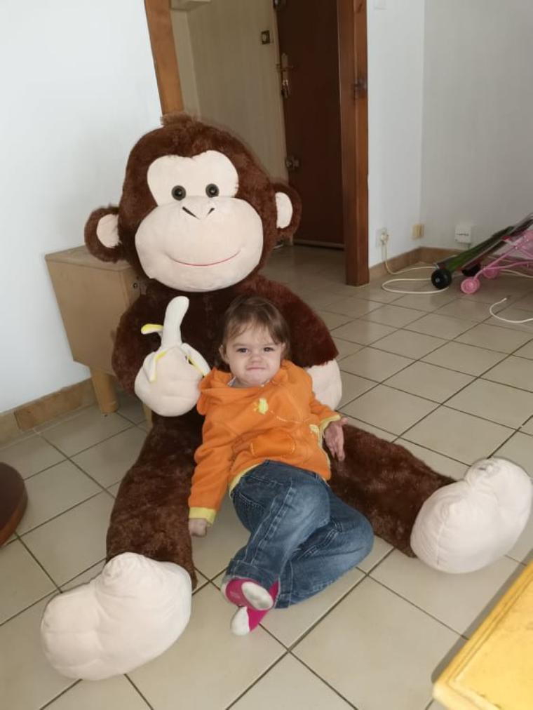 voila ma petite princesse  angelina avec son nouvel ami