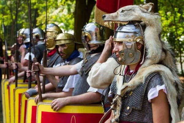Apogée de l'Empire romain : les secrets de son armée