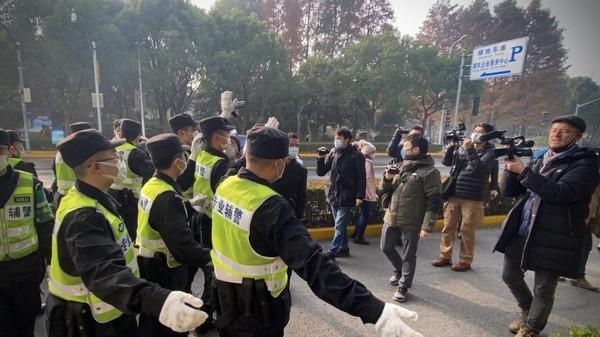 Chine : 4 ans de prison pour la journaliste citoyenne Zhang Zhan, ayant couvert l'épidémie de Covid à Wuhan