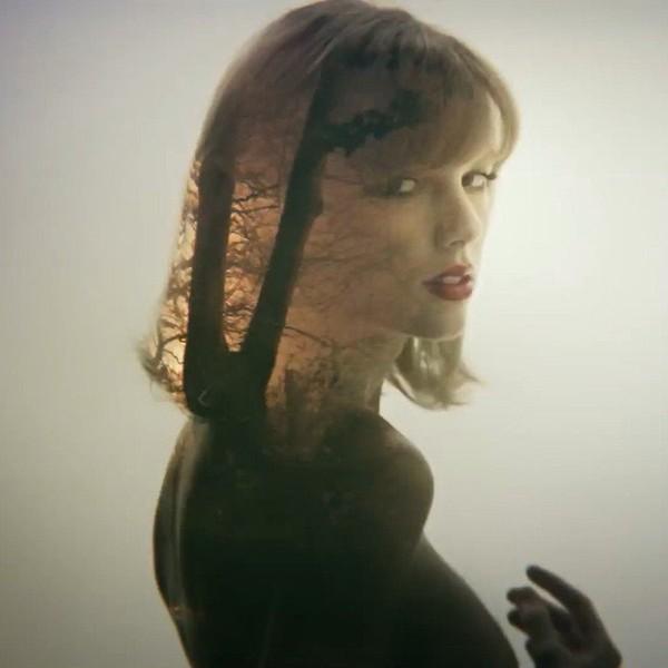 """Taylor Swift on Instagram: """"#Feb13STYLE"""""""