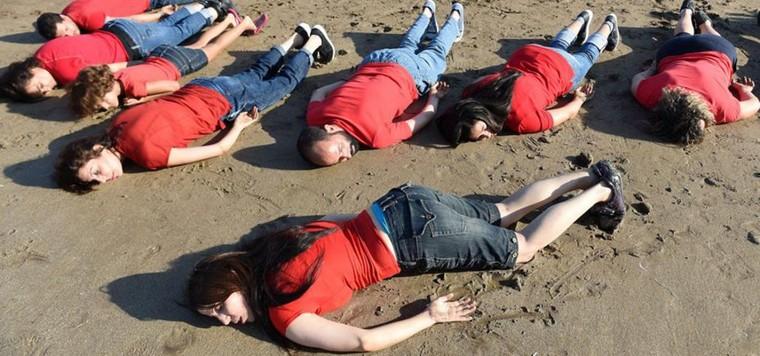 Hommage à Aylan Kurdi au Maroc