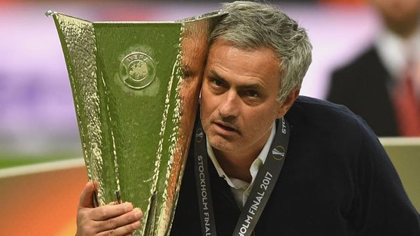 Penampilan Perdana Mourinho Dengan United Cukup Krusial