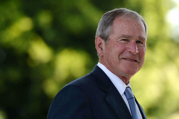 George W. Bush critique la politique de Donald Trump (mais sans le nommer)