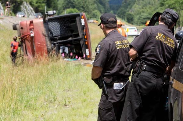 Accident d'autocar dans l'État de New York: recours collectif en vue | David Rémillard, Nicolas Ducharme | Actualités