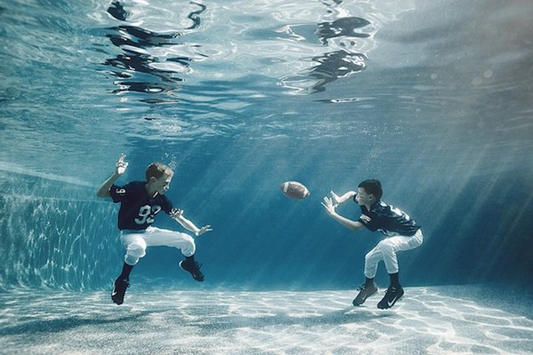 http://www.niceplacevisit.com/extremely-genuine-underwater-scenes-kids/
