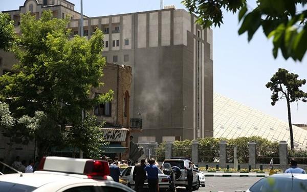 Attentats à Téhéran: «difficile de croire que Daech ait pu opérer seul»
