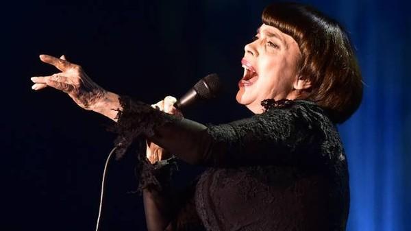 Французская певица Мирей Матье призналась в любви к русскому языку