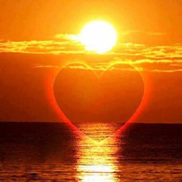 """Résultat de recherche d'images pour """"coeur soleil"""""""