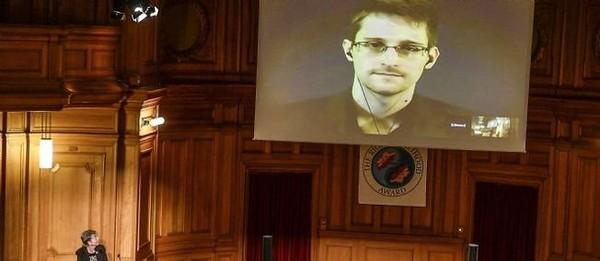 """Snowden : """"Orange fournit des données à la DGSE"""""""