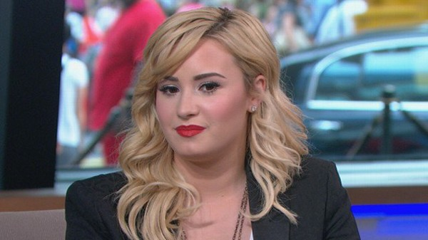 Video: How Demi Lovato Is Coping With Dad's Death