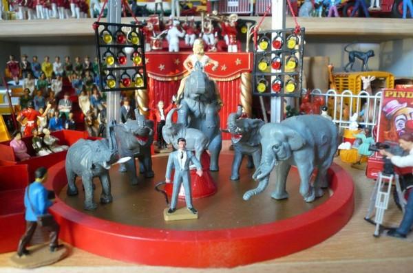 Gustave Laskowski et ses éléphants