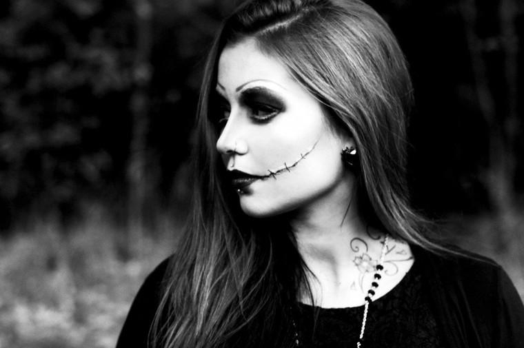 Real Chanty chante pour Halloween