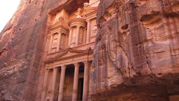 Monuments éternels - Pétra, capitale du désert - Regarder le documentaire complet | ARTE