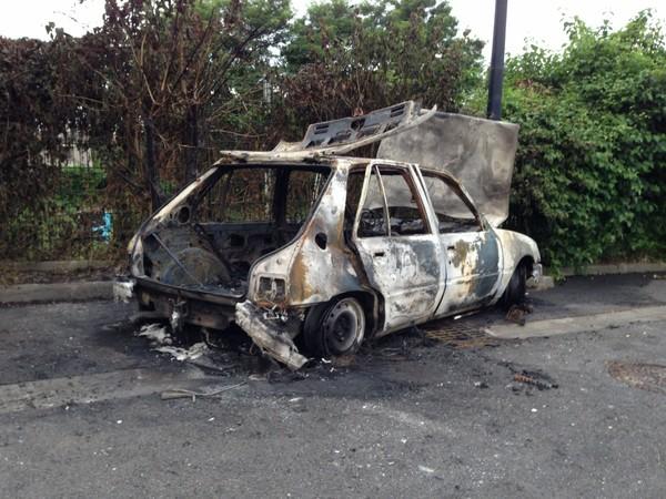 Le pot commun.fr : Remplacé ma voiture que l'on a brulé hier soir (30/07)