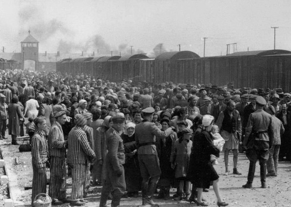 Allies knew of Holocaust in 1942, 2 years before previously assumed...