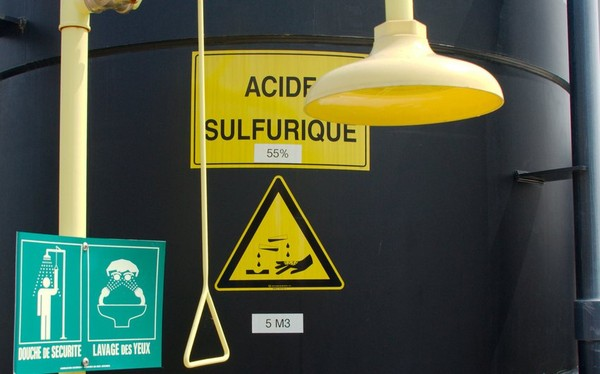 Fesse brûlée dans un bus : la piste de l'acide ? - france - Directmatin.fr