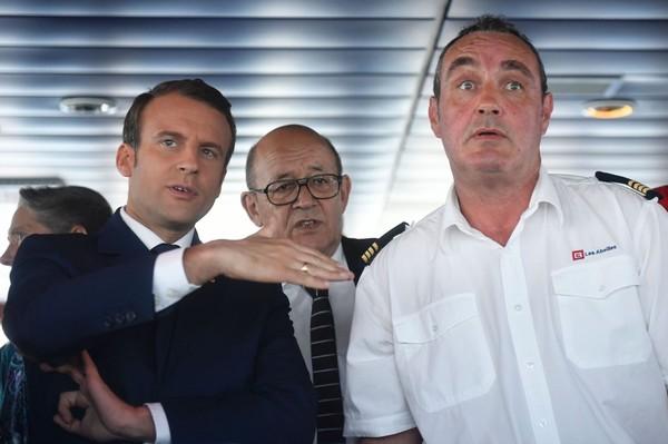 Une plaisanterie de Macron sur les Comoriens suscite l'indignation