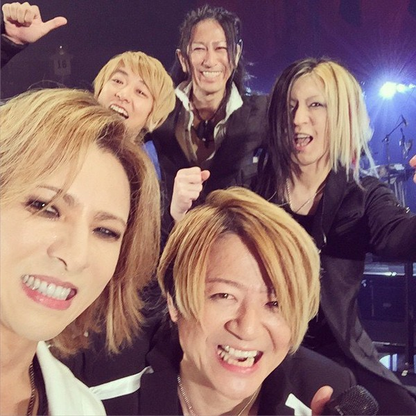 "Yoshiki on Instagram: ""Pic at #TokyoDome on stage w/ TE_RUR_ET @HISASHI_ #Takuro #Jiro @glay_official GLAY 20 years anniversary!!Thank you!!"""