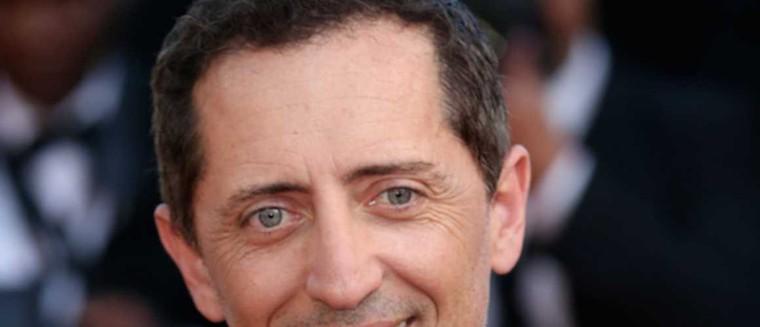 """Gad Elmaleh dévoile ses techniques de drague : """" J'étais très complexé avec les femmes"""" - actu - Télé 2 semaines"""