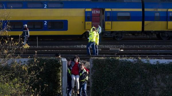 Accident de train aux Pays-Bas : au moins 60 blessés