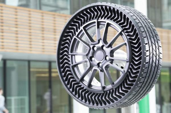 Michelin lance son pneu sans air pour les véhicules de tourisme