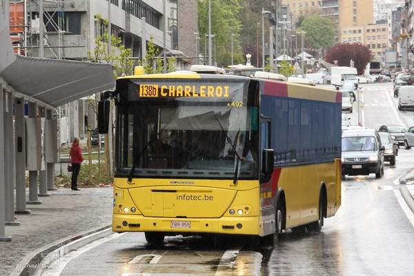 TEC 4492 on Rue del'Ecluse in Charleroi