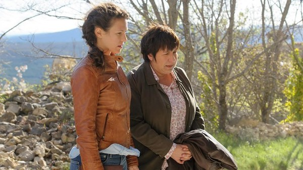 Lorie Pester et Annie Grégorio vont mener l'enquête pour France 3 - Stars Actu