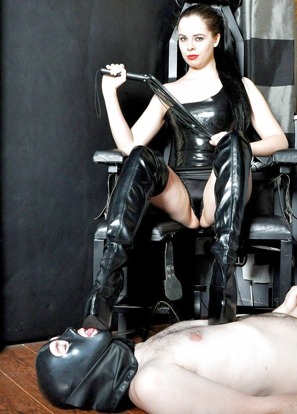 Pervs delight - shiny latex and leather  Photo #62