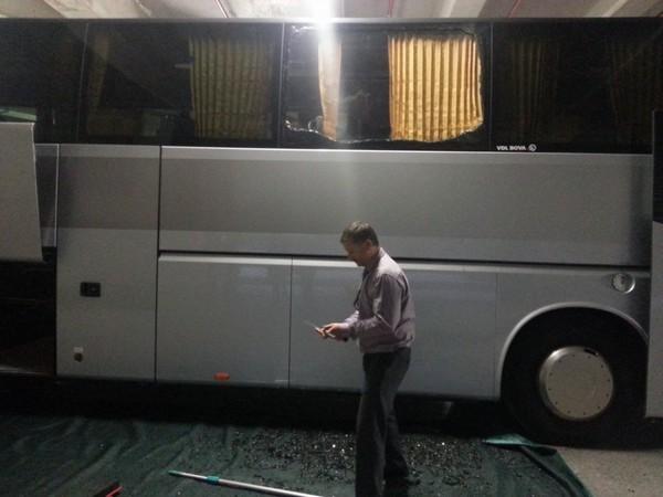 OM-PSG : le bus des Parisiens caillassé aux abords du stade