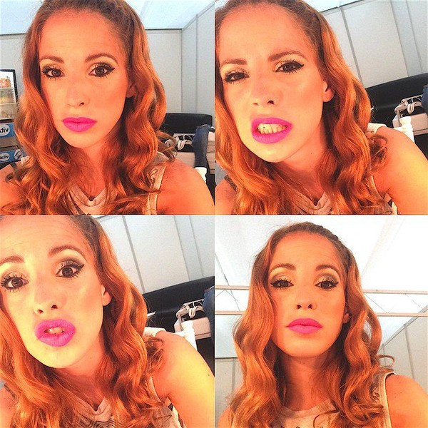 "Cande Molfese on Instagram: ""Listimaaaaaa para #ViolettaLiveSantaCruz ❤️❤️❤️"""
