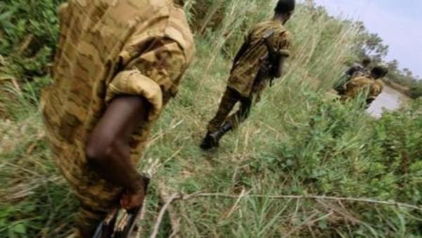 Qui sont ces hommes armés, en uniforme burundais, dans l'est du Congo? - Afrique - RFI