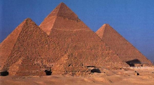 Les pyramides d'�gypte. Qui les a construits ? l'hypoth�se extraterrestre est la plus logique�(vid�o/documentaire)