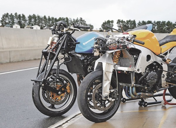 Aussie-invented front ends - Australian Motorcycle News