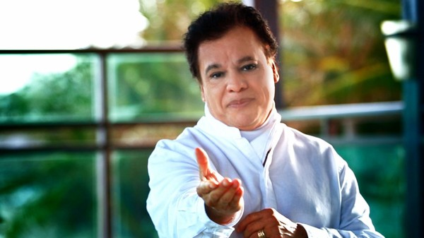 Tristesse, j'apprend le décès du chanteur Juan Gabriel. Il avait 66 ans - LNO