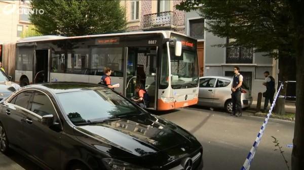 Dimanche sans voiture: un cycliste renversé par un bus, ses jours sont en danger