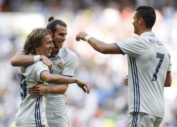 Modric Yakin Ronaldo Akan Bertahan Di Real Madrid