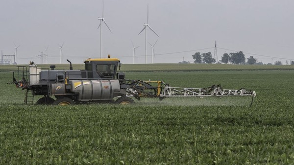 EPA eased herbicide regulations following Monsanto research, records show