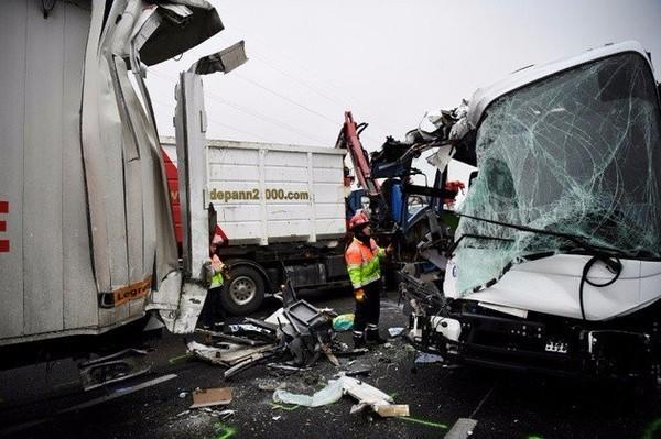 Carambolage sur l'A13, entre la Normandie et Paris : 65 blessés, dont 5 graves