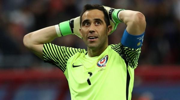 Joachim Low Tidak Takut Dengan Pembunuh Penalty Chili