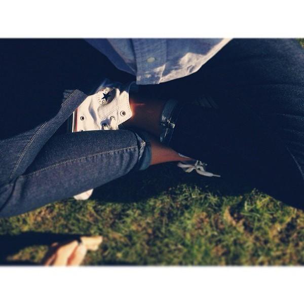 .@instashym | Un soleil, un temps libre, un coin d'herbe, et un Paris.. | Webstagram