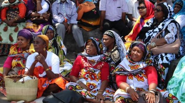 """EN IMAGES : Le Député MANSOUR KAMARDINE : """" Pour la partie mahoraise, la feuille de route France-Comores est enterrée... """" - mayotte 1ère"""