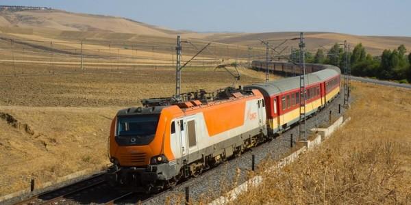 """Maroc: un train effectue 1,5 km sans conducteur, """"parti chercher un café"""""""