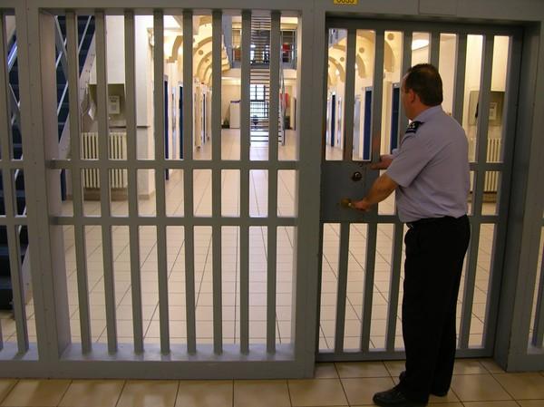 Une arrestation après des coups de couteau à Tournai