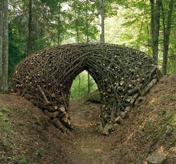 Quite special environmental art artists - NICE PLACE TO VISIT