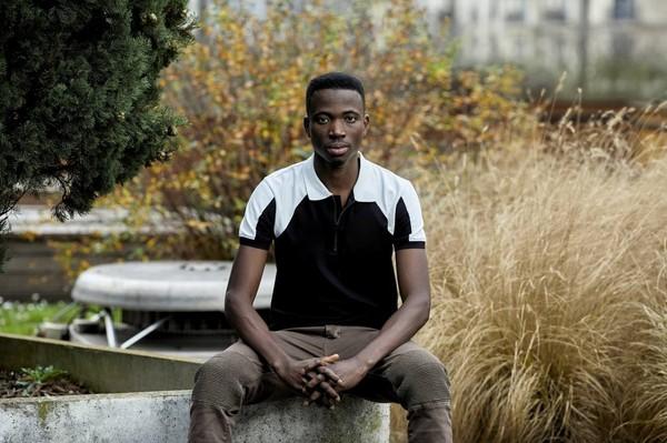 «Ce que nous supportons est presque impossible à imaginer», raconte Kouamé, réfugié africain, dans un livre