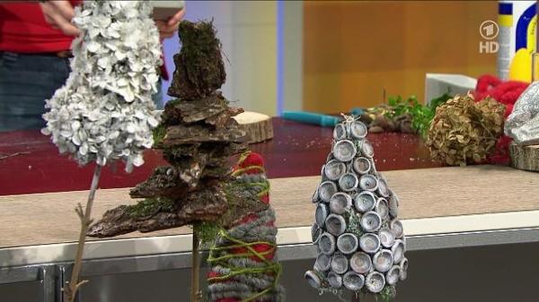 Tischdeko mit floralen Bäumchen und Zapfen - ARD-Buffet :: Kreativ