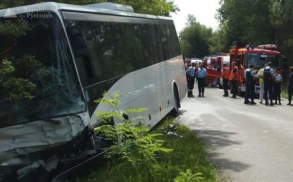 Landes : un mort et six enfants légèrement blessés dans un choc entre un bus et une voiture