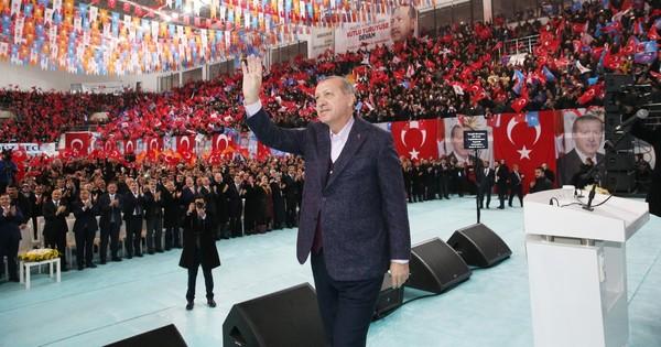 Erdogan qualifie Israël d'«Etat terroriste [qui] tue des enfants», Macron appelle à l'apaisement